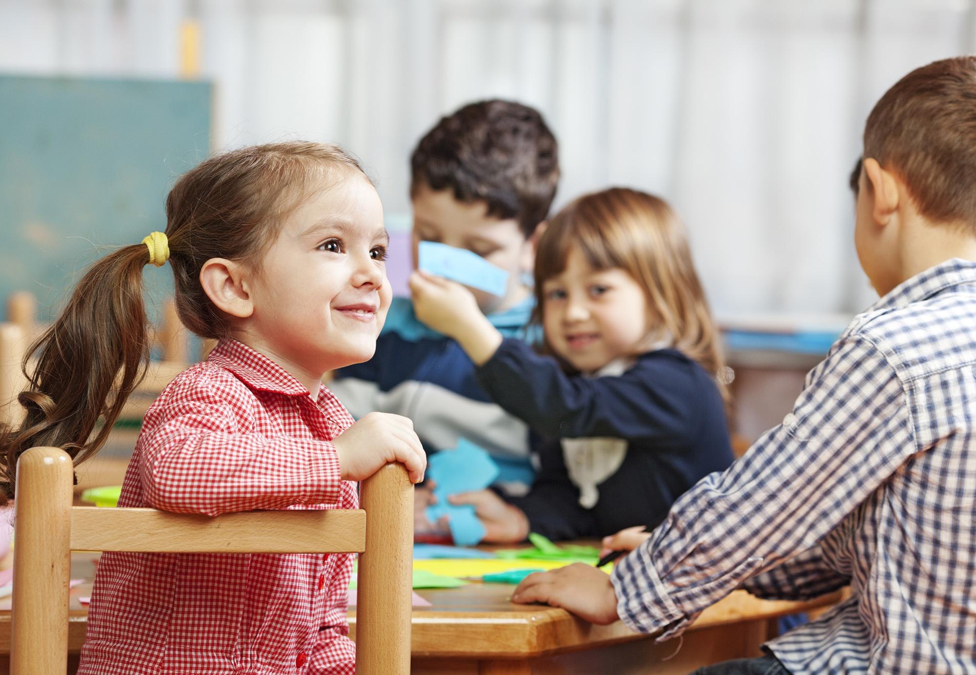 kiddos at school table.jpg